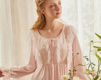 Vintage nightdress woman/'s nightgown cotton embroidered rose nightshirt Victorian style nightie sleeveless white traditional unworn 04190100