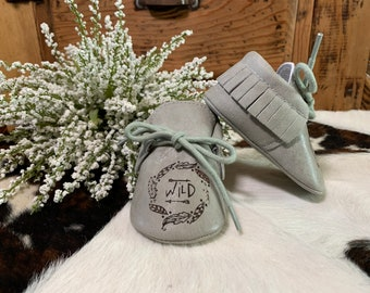 Custom Engraved Baby Moccasins, Leather, Boy Shoes, Girl Shoes, Soft, Personalized, Baby Shoes, Baby Mocs