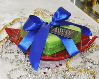 Fused Glass Party Plate - Red Tartan