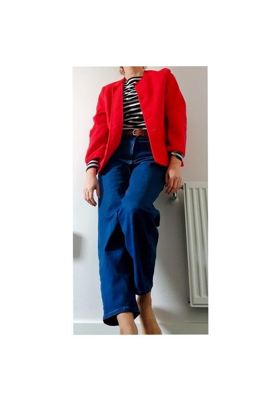 1980's/1990's beautiful Geiger red woolen coat.