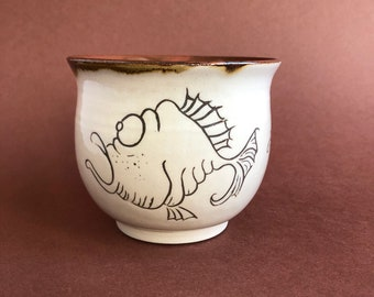 Funny ceramic cup, hand-potted
