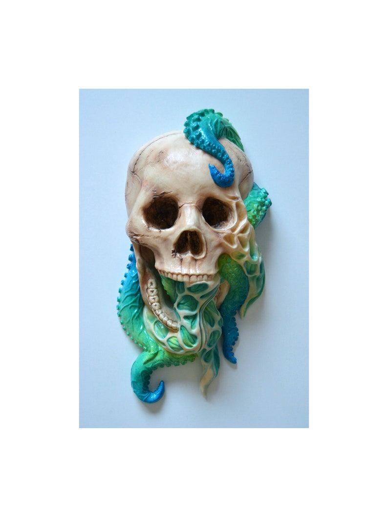 Skull Handmade. Sculpture Octopus Creature model Painted Polyurethane resin Exhibition collection LIMITED EDITION