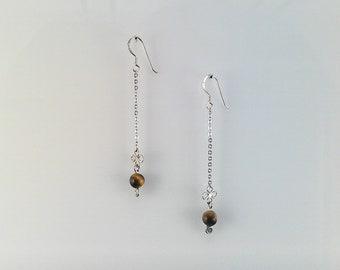 Clover chain earrings
