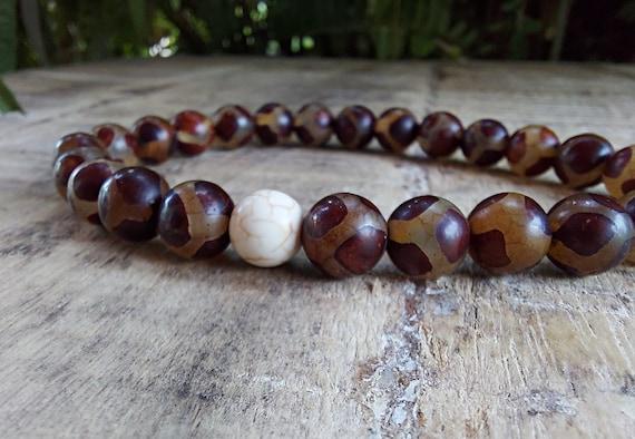 Tibetan agate bracelet, Agate Mala Bracelet, Dzi Bead Bracelet, Gemstone Bracelet, Yoga Jewelry, Meditation Bracelet, Stretch Bracelet
