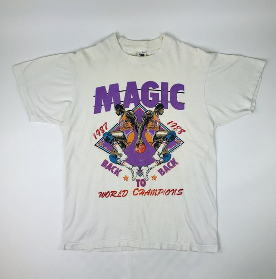 VTG NBA Los Angeles Lakers Magic Johnson Tee Size