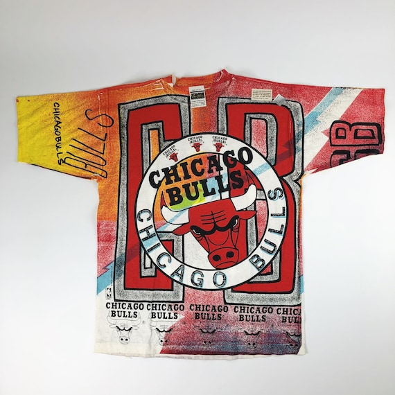 NWT VTG NBA Chicago Bulls All Over Print Magic Joh