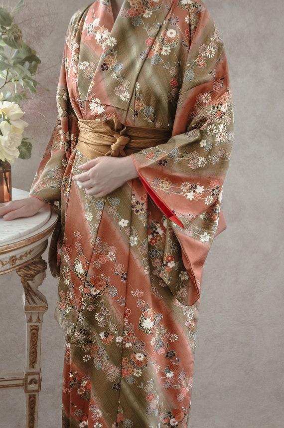 Spring Fairyland 70s Kimono Robe