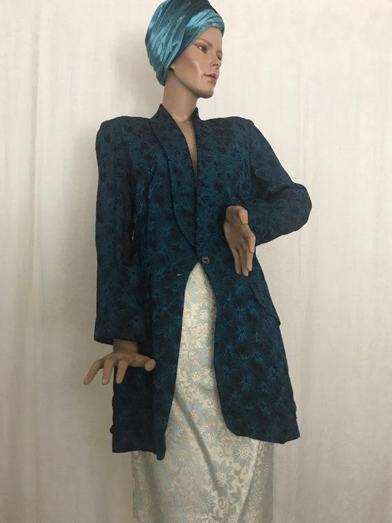 1960's Vintage Lady's Tuxedo Style Jacket