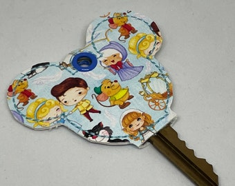 mouse head key topper with cinderella characters