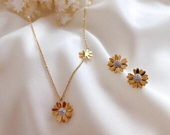 Cufflinks, KeyChain Drop Earrings KeyRing Finger Ring Pendant Necklace Stud Earrings Yellow Gerber Daisy \u2022 Jewelry Sets Tie Clip