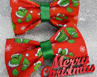 With adjustable 18 strap Grinch who stole Christmas holiday photos bow tie Grinch adult//teen holiday pre-tied bow tie