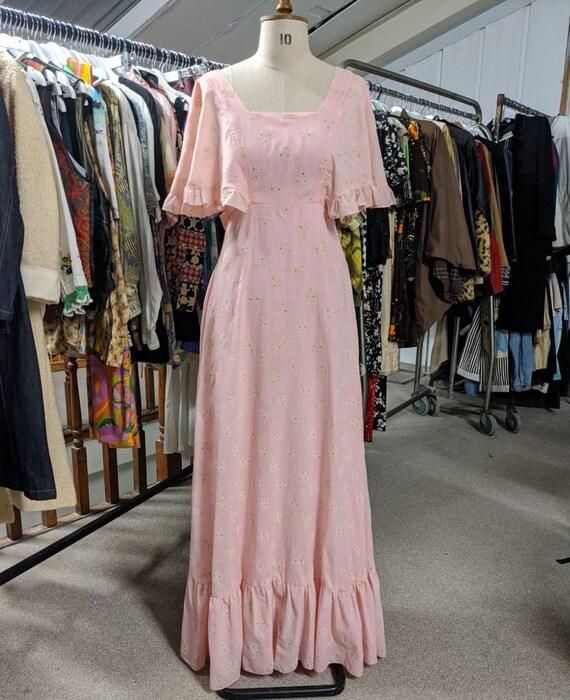 Vintage 1970s Pink ditsy floral 1970s Prairie Boh… - image 2