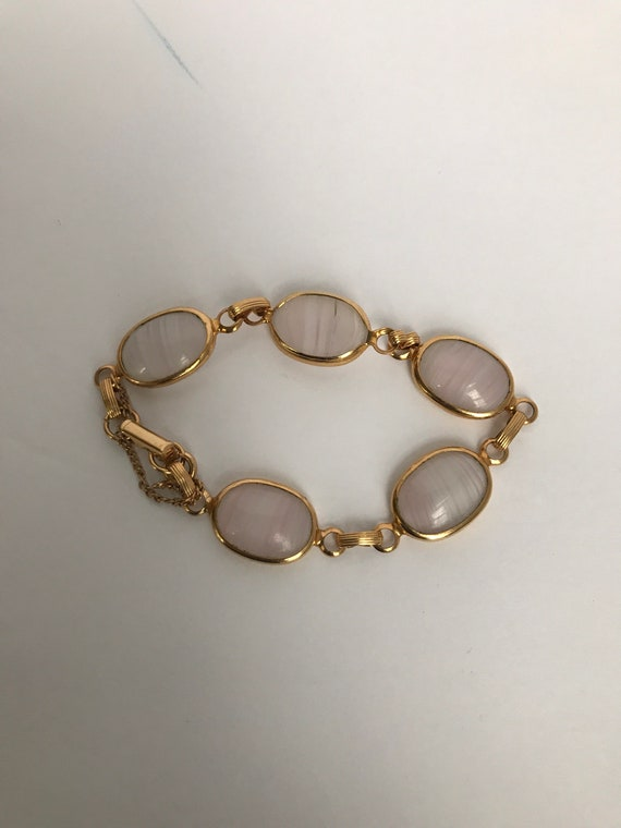 2239 Vintage 1970s Gold Tone Embossed Pink Floral Print Mesh Bracelet--Possibly Unsigned Sarah Coventry