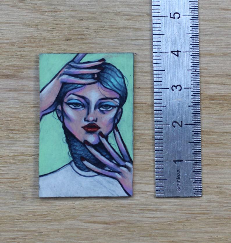 WOMEN pin/'s
