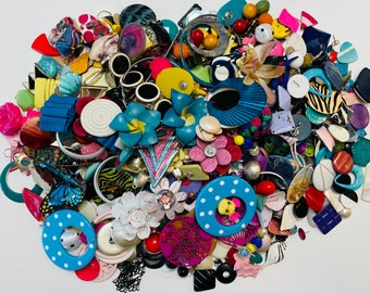 Large Lot Of Crafting Jewelry 1.810 KGS