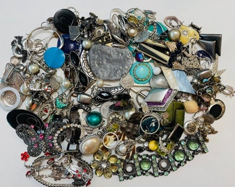 Large Lot Of Crafting Jewelry (Silver Tone Mix) 2.525 KGS