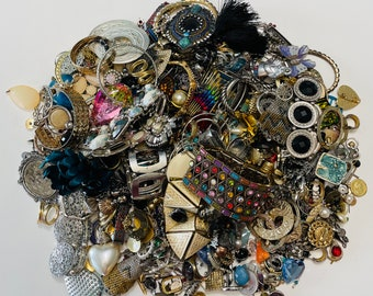Large Lot Of Crafting Jewelry 2.388 KGS