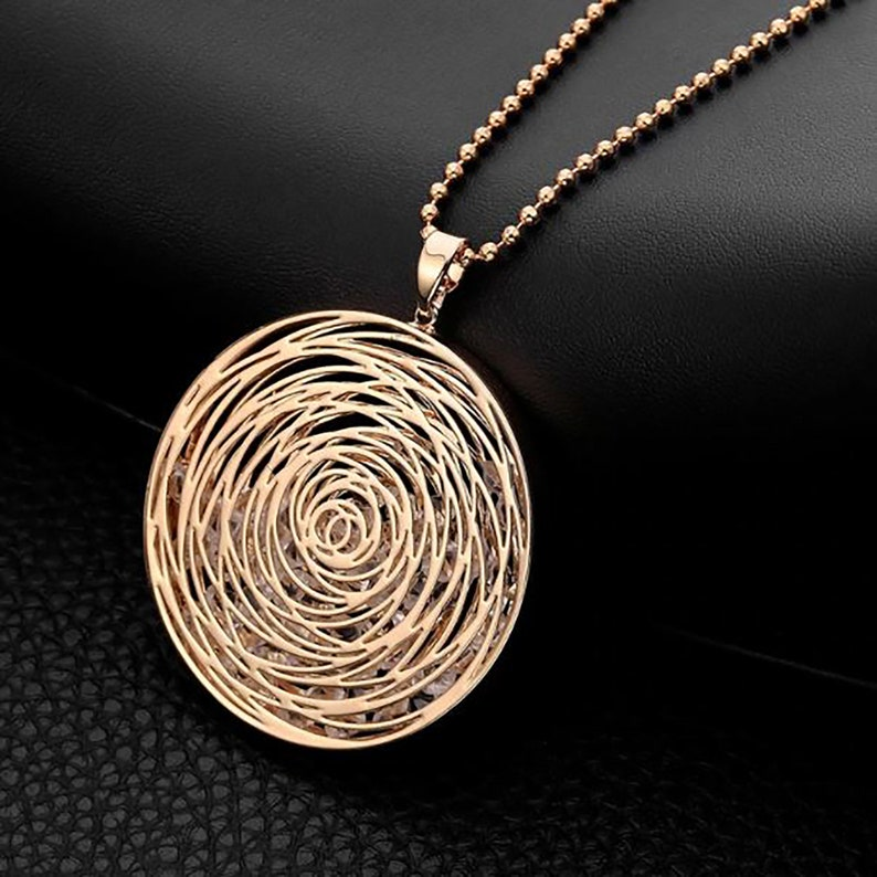 Gold Silver Plated Round Pendant Fashion Statement Jewelry Crystal Necklace Gift Sweater Accessory Long Necklaces For Women