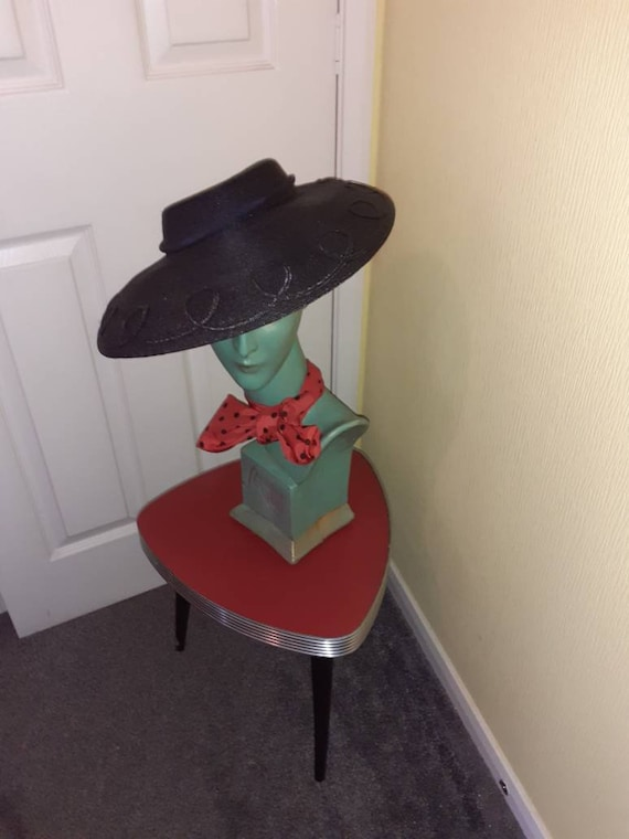 1940s picture hat
