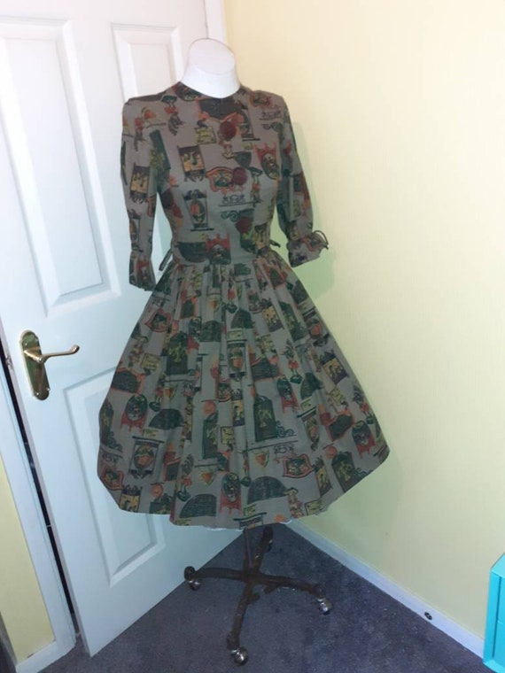 1950s novelty print dress, - image 2
