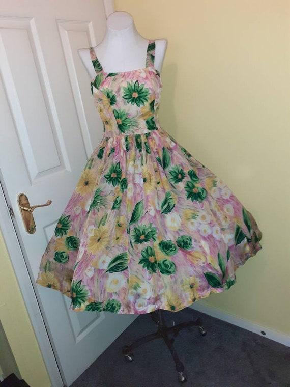 Gorgeous original 1950s sun dress