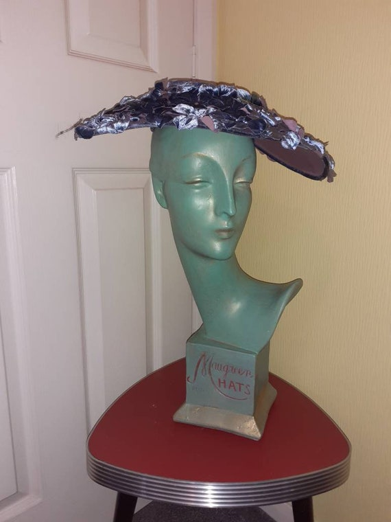 Beautiful 50s platter hat