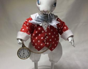 Tonner Alice in Wonderland White Rabbit doll