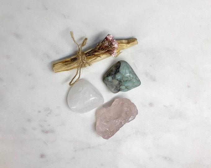 Love Manifestation Crystal Kit