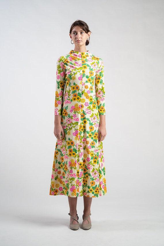Vintage 60s Mod psychedelic dress.