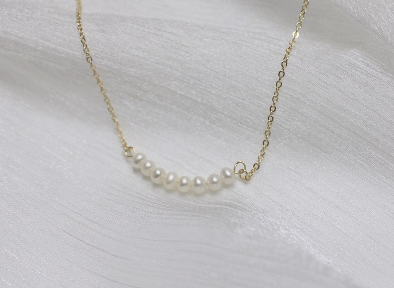 Gift for Her Pearl Necklace Bridesmaid Gift Minimalist Jewelry Handmade Jewelry 14k Gold Plated Everyday Jewelry