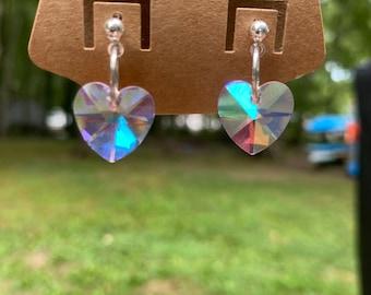 One pair of iridescent heart stud earrings