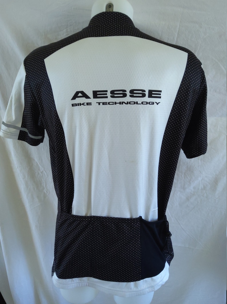 AESSE Made in Italy Cycle Jersey in XXXL with Loose Waist and Draw String pull rear pocket for Security Cycle Jersey Print Bike Top