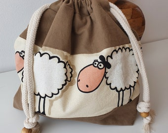 Project bag for knitting and crocheting