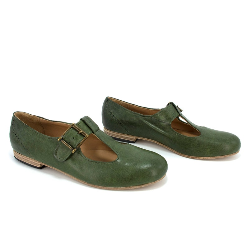 Retro Vintage Flats and Low Heel Shoes Wide T-Bar Strap Flats/T-Bar Strap Ballerina Shoes/Mary Janes/Round Toe Ballerina Flats/Green Mary Jane Flats /Damen Ballerina Schuhe $137.83 AT vintagedancer.com