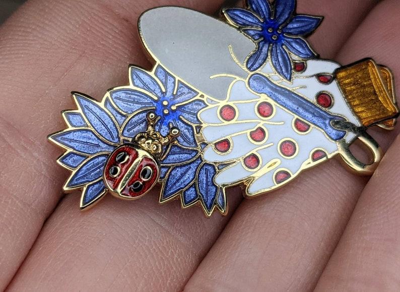 Purple White And Gold Flower Gardening Ladybug Enamel Vintage Brooch Pin