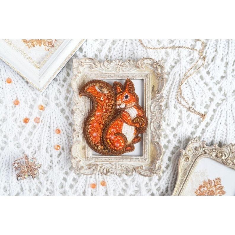 Tela Artis Seed beaded brooch Squirrel DIY Jewelry making kit Needlework beading decoration. Bead Embroidery