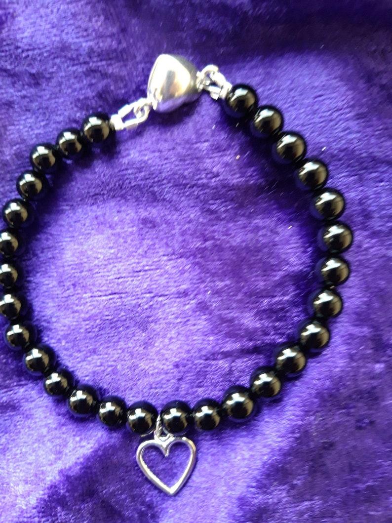 Black Agate Heart Charm Bracelet