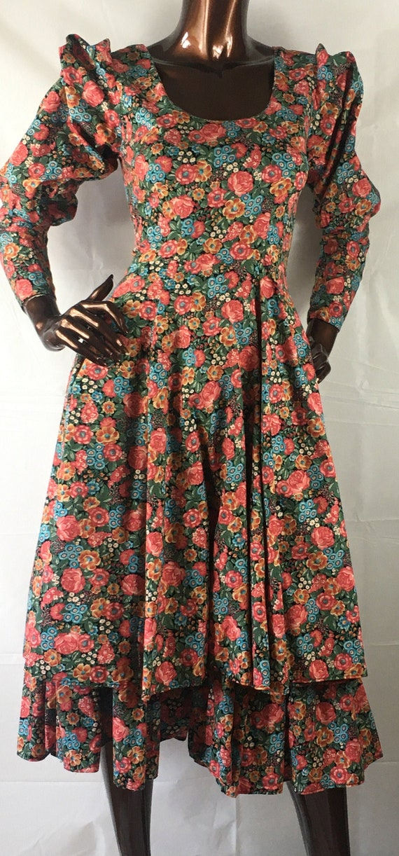 droopy & browns york cotton 70s 80s era floral vin