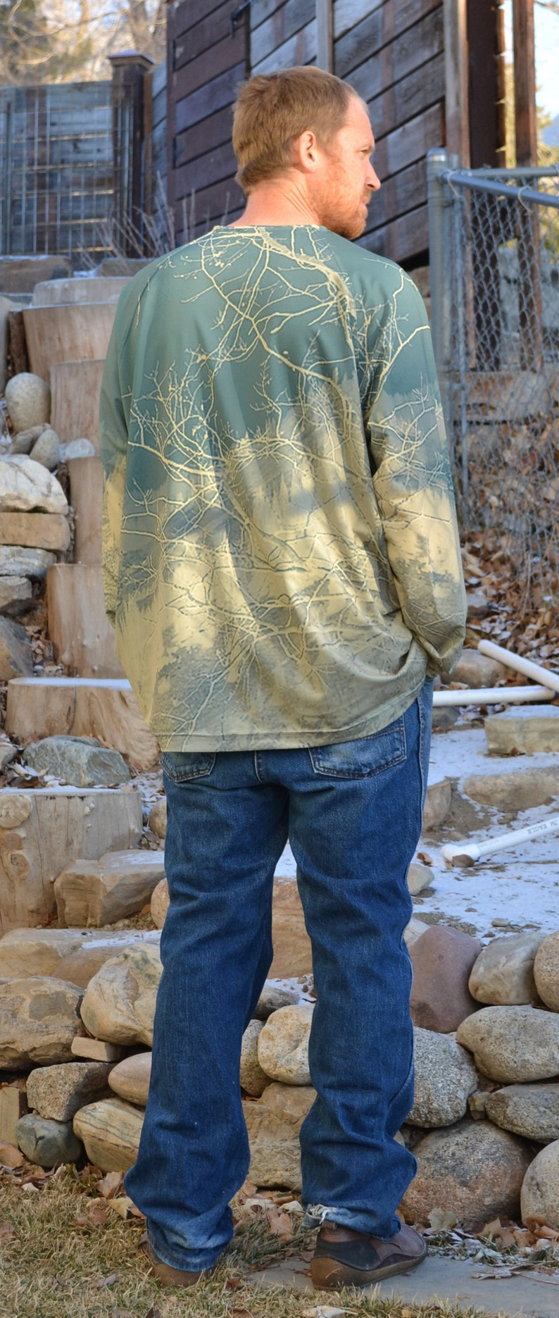 Mountain Graphic Men/'s Graphic Base Layer UV Protective Base Layer Eco Friendly Clothes Baldy Green and Gold, Recycled Polyester
