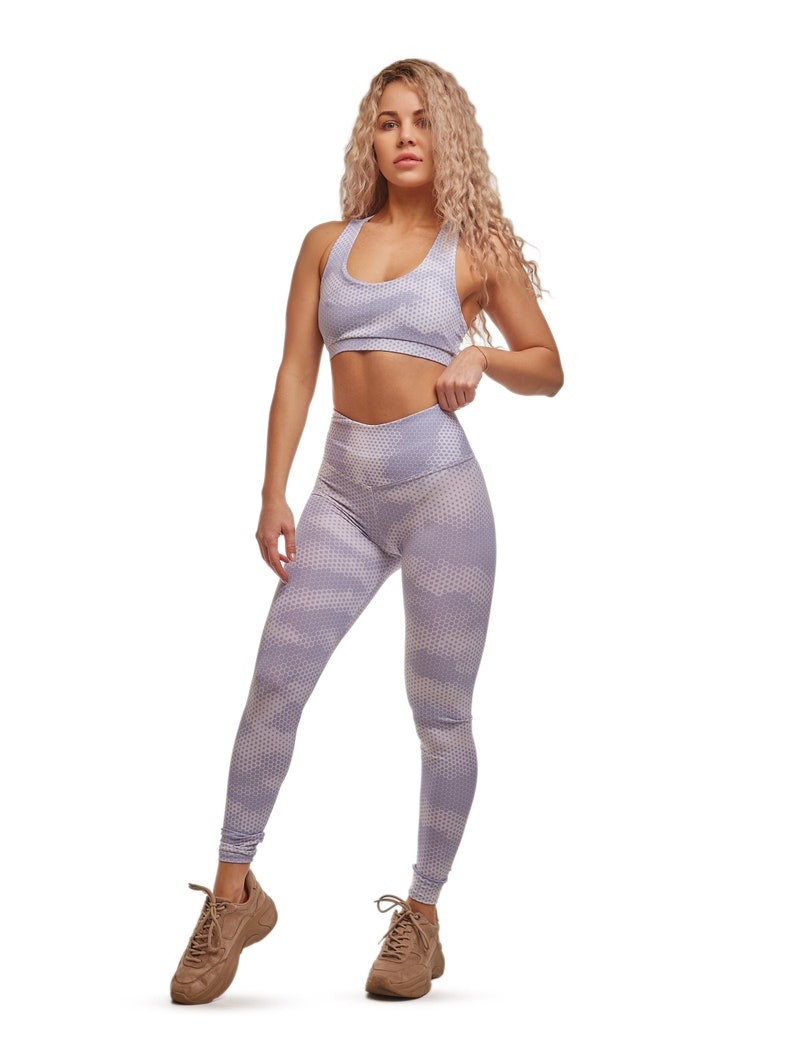 yoga and active sports Moisture-wicking non-translucent second skin effect Sizes XS-L !!! Women/'s sports leggings for fitness