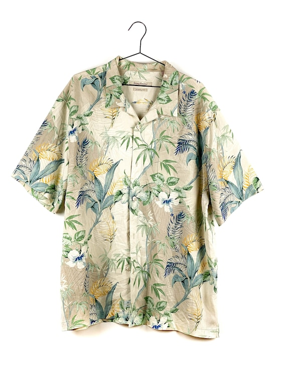 Vintage pattern silk shirt with floral pattern