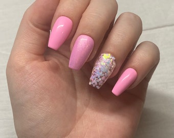Pink Party / Bright Bubblegum Pink Nails with Chunky and Iridescent Glitters / Summer Press On Nails
