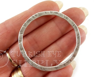 Silver Link Rustic Pendant Silver Plated Jewelry Loop Connector 1pc Large Oval Hoop Pendant Silver Loop Pendant Twisted Loop Pendant
