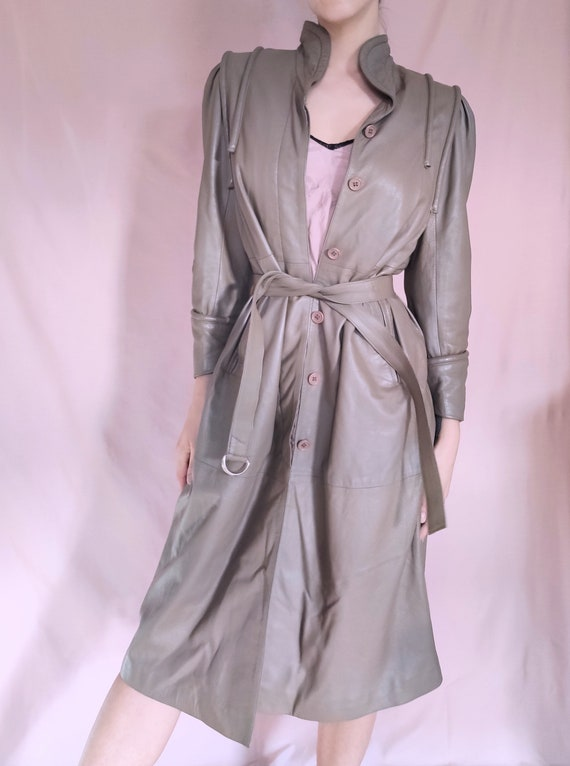 VINTAGE 80s 90s GENUINE LEATHER beige cream coat j