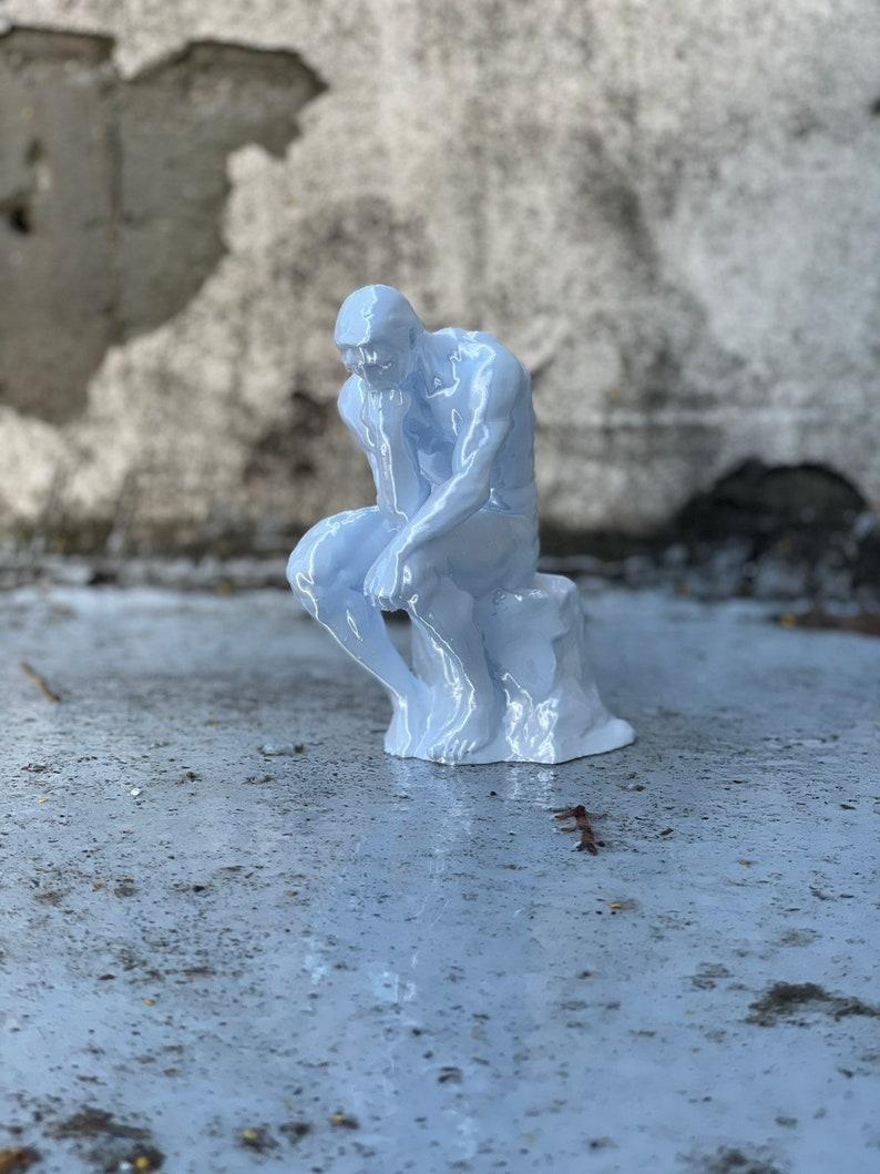Art Statue Retro Thinker 3D Model. Retro Thinker Statue 3D Printed