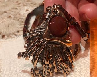 Pink bronze necklace