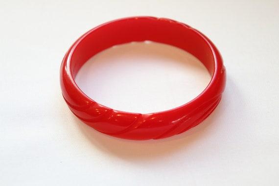 Cherry Red Bakelite Bangle Bracelet Vintage 1920s-