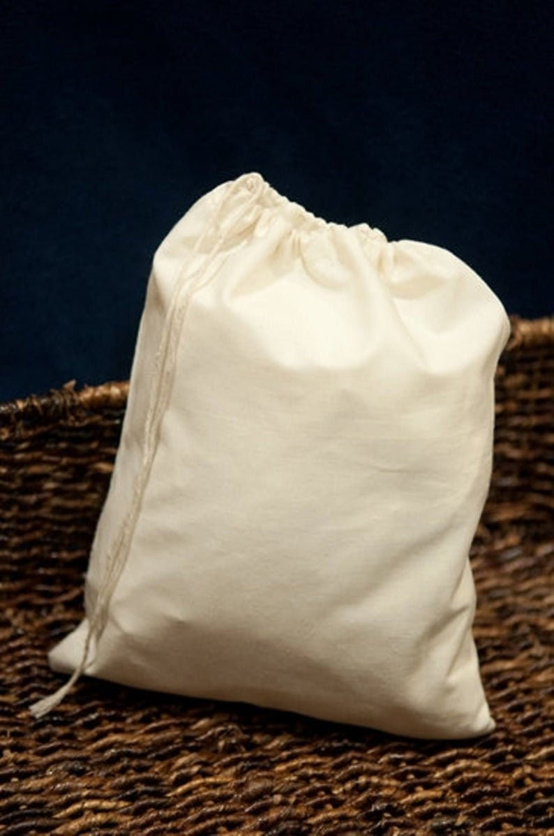 5x7 Inches Single Drawstring Organic Cotton Eco Friendly Muslin Bags USA Listings Premium Quality Reusable Natural Muslin Bags