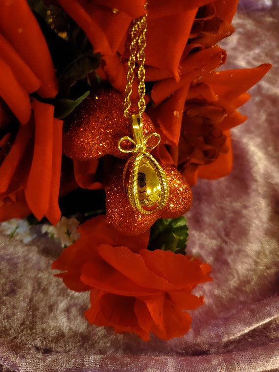 Joan Rivers Faberge Gold Egg Pendant Necklace/Sign
