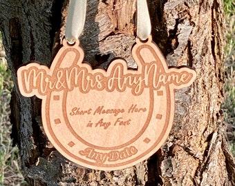 Personalised Lucky Horseshoe Wedding Gift with Custom Message for Bride & Groom, Custom Wedding Gift, Engraved Wooden Wedding Horse Shoe